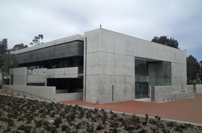 Wuff architecture louis kahn 39 s salk institute absence for Louis kahn buildings